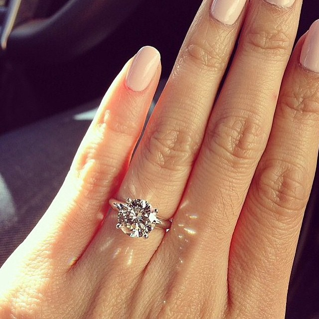 How to take the perfect engagement ring selfie even though its likely that youll want to show off your new bling straight away apparently soft natural lighting is best so if you have been proposed junglespirit Choice Image