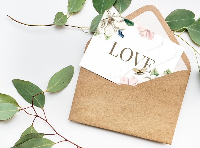 What to write in a wedding card | Purely Diamonds