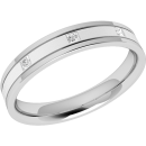 A striking ladies diamond set wedding ring in platinum