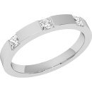 A stunning Princess Cut diamond set ladies wedding ring in platinum