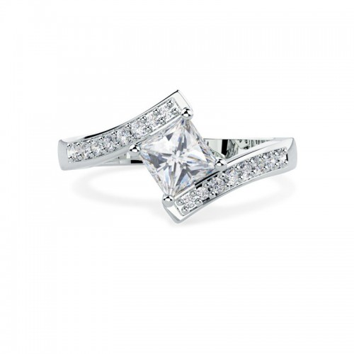 A stunning Princess Cut twist diamond ring with shoulder stones in platinum