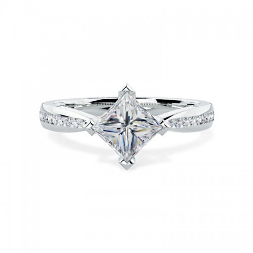 A stunning Princess Cut diamond ring with shoulder stones in 18ct white gold