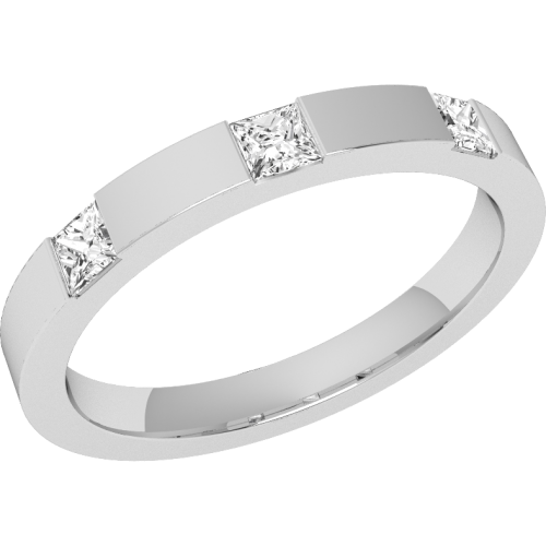 A stunning Princess Cut diamond set ladies wedding ring in 18ct white gold