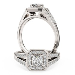 A stunning Princess Cut diamond ring in 18ct white gold