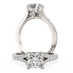 An exquisite Princess Cut diamond ring with shoulder stones in platinum