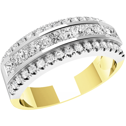 An elegant Princess & Round Brilliant Cut diamond ring in 18ct yellow & white gold
