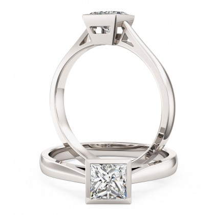 An eye catching Princess Cut solitaire diamond ring in 18ct white gold