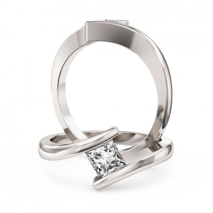 A delightful princess cut solitaire diamond ring in platinum