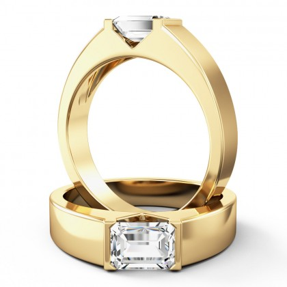 A stylish emerald cut solitaire diamond ring in 18ct yellow gold