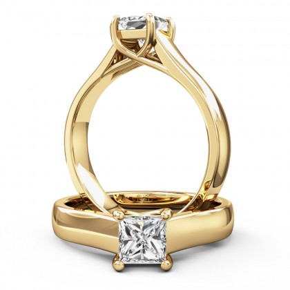 A beautiful princess cut solitaire diamond ring in 18ct yellow gold