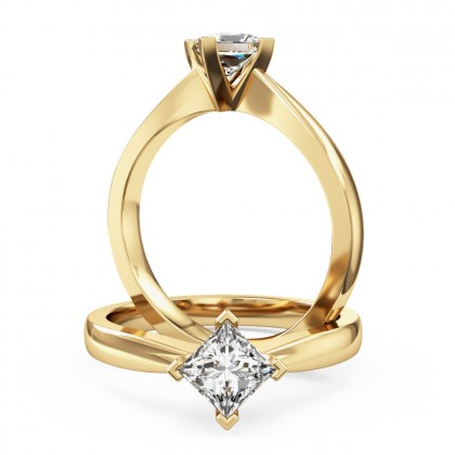 An elegant princess cut solitaire diamond ring in 18ct yellow gold