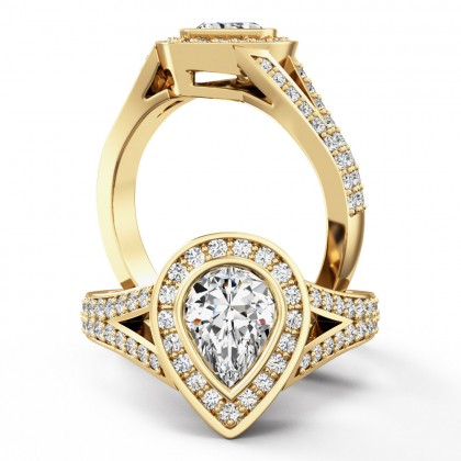 A breathtaking Pear shaped diamond ring with shoulder stones in 18ct yellow gold